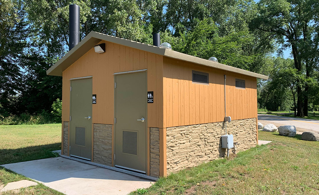 Huffcut_building_CanvasBack2